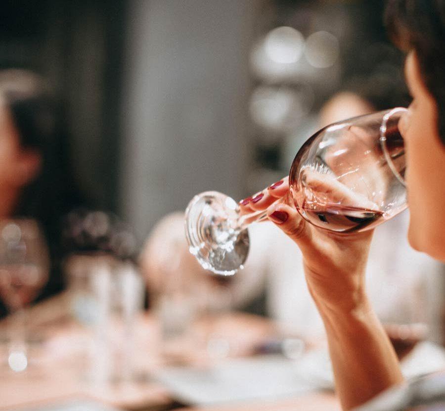 Τα 3 Βασικά Βήματα Για Την Γευσιγνωσία Κρασιού